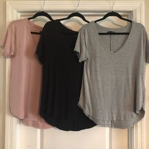 Women's basic Vnecks
